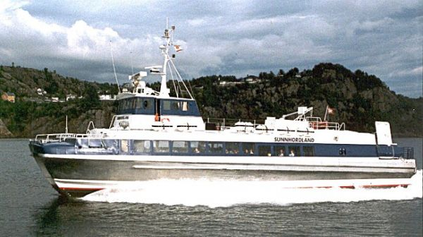 1984 - Servogear's first delivery to a catamaran - MS Sunnhordaland