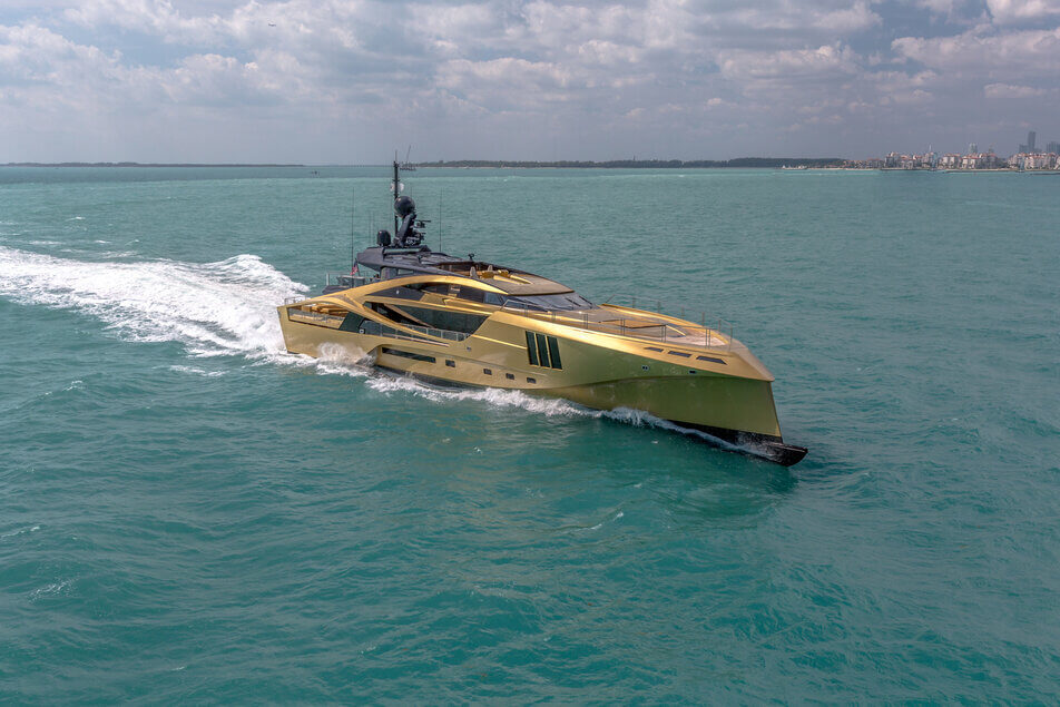 Khalilah - Yacht by Palmer Johnson | Servogear Ref