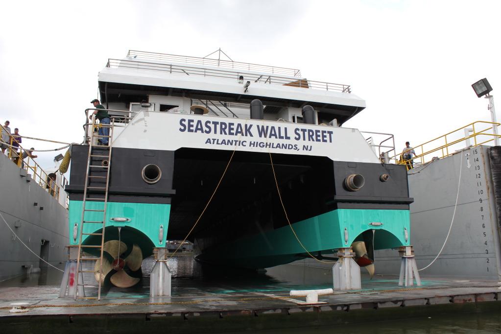 Seastreak wall street - servogear